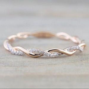NEW Rose Gold Rhinestone Ring